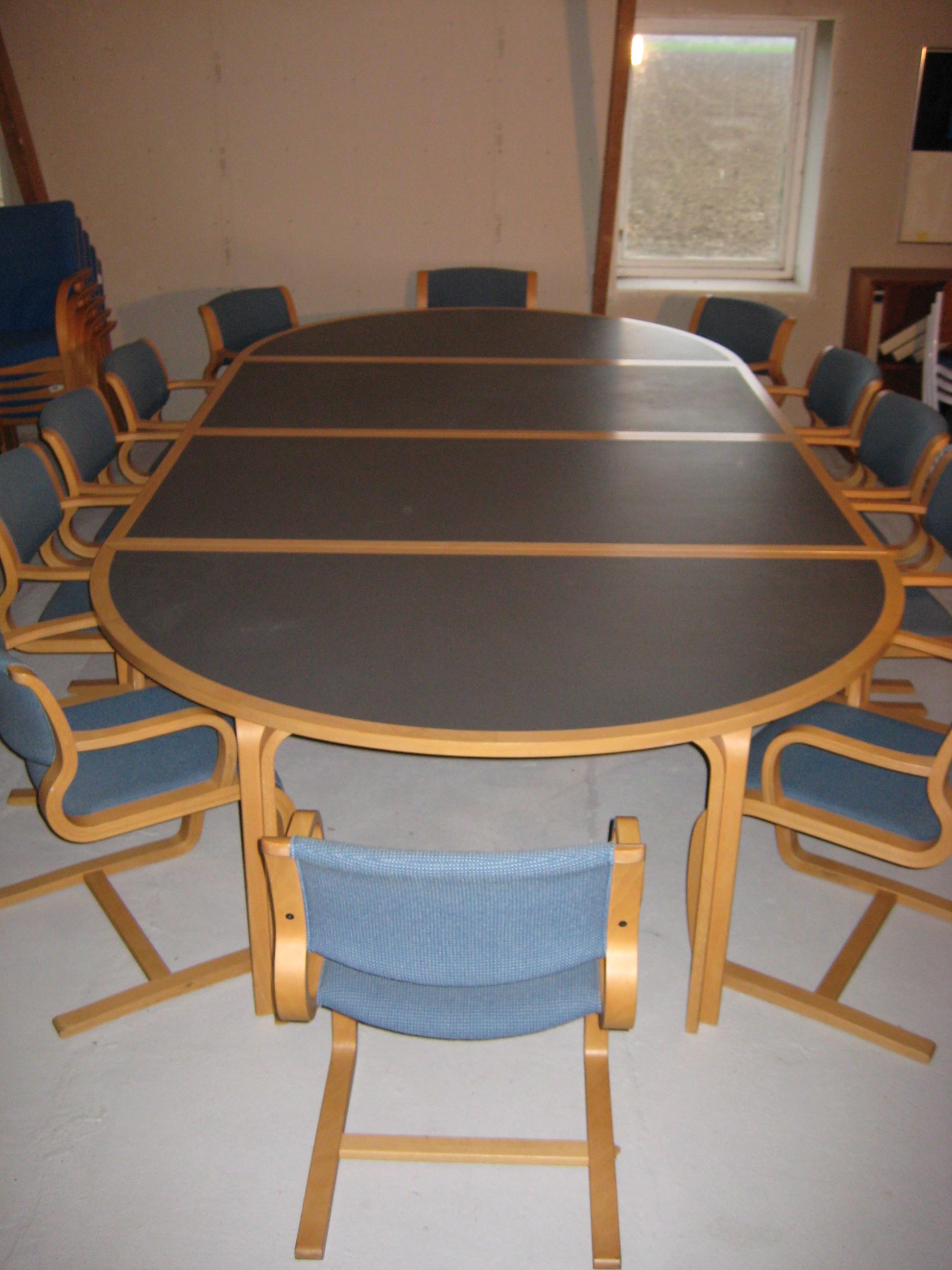 Magnus Olesen mødebord bøg/grå