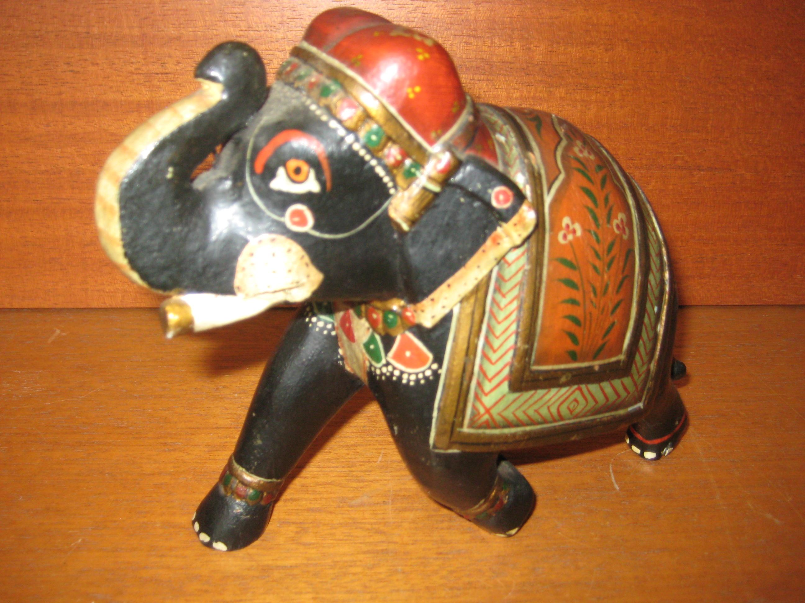 Inisk træelefant