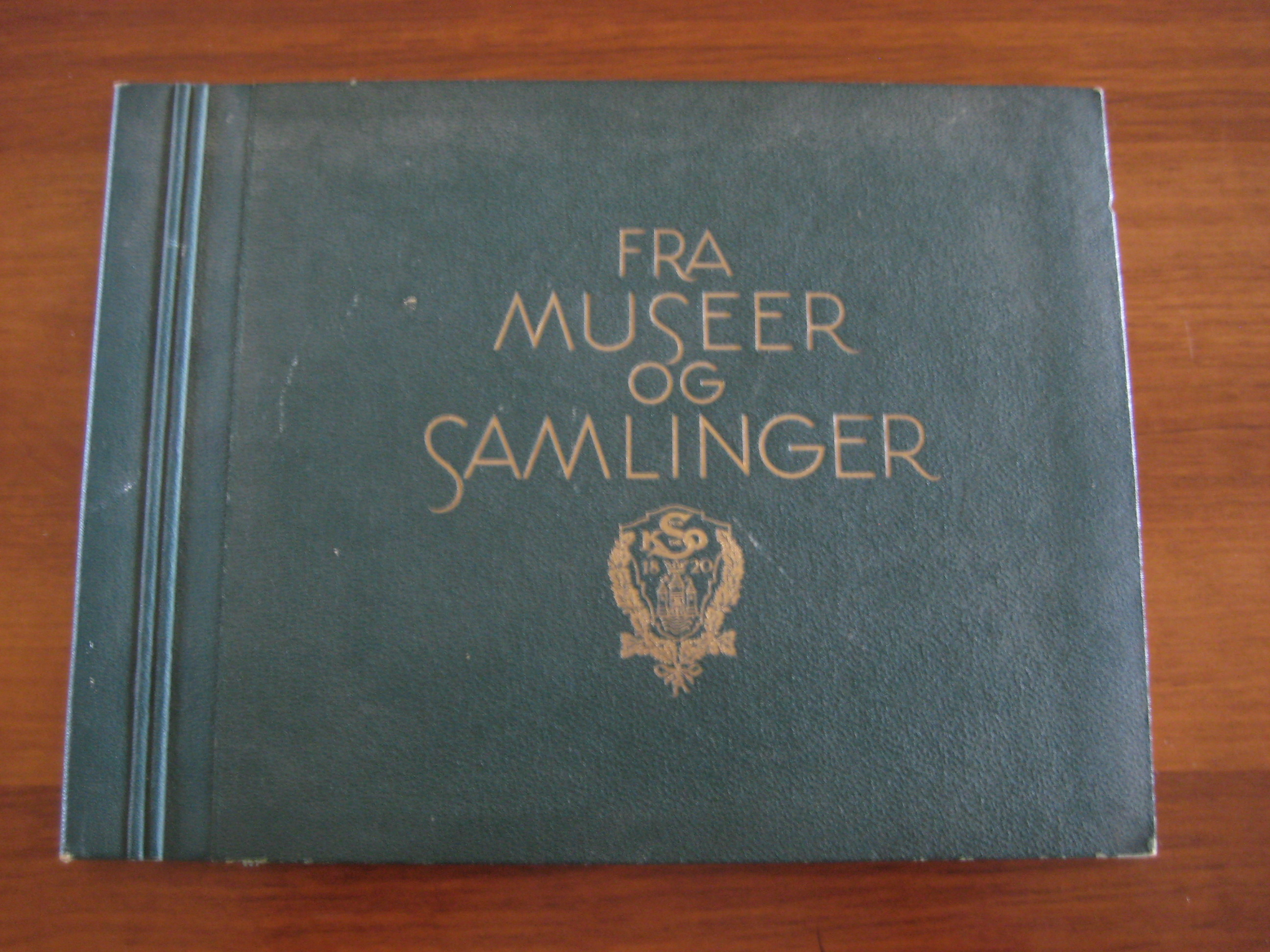 Sparekassen samlealbum fra museer