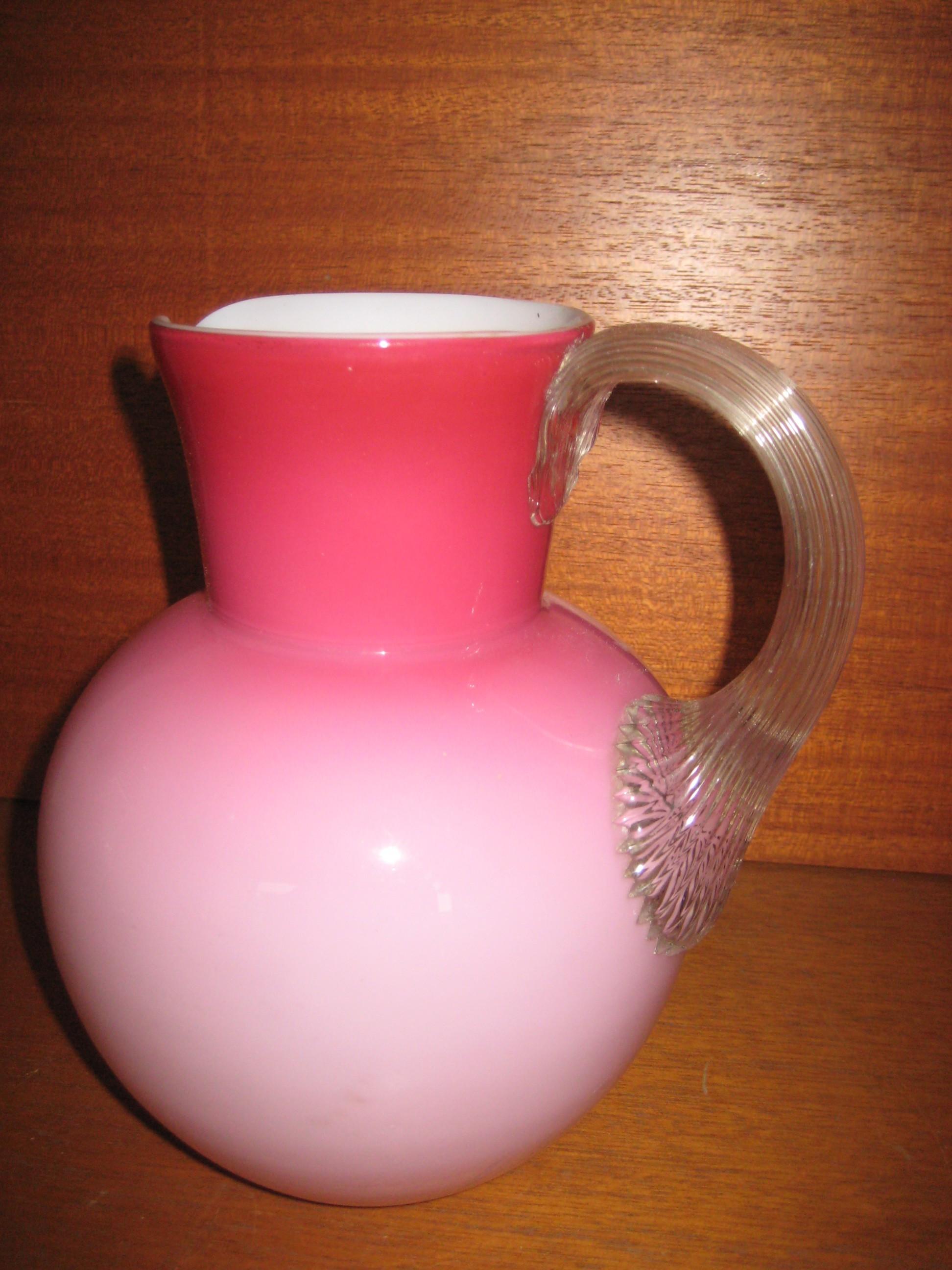Glaskande pink opaline med sneglehank