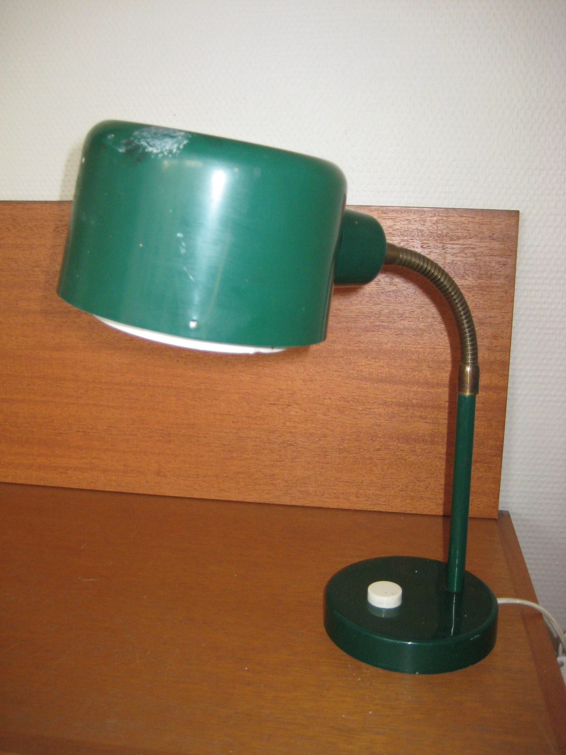 Grønlakeret retro bordlampe