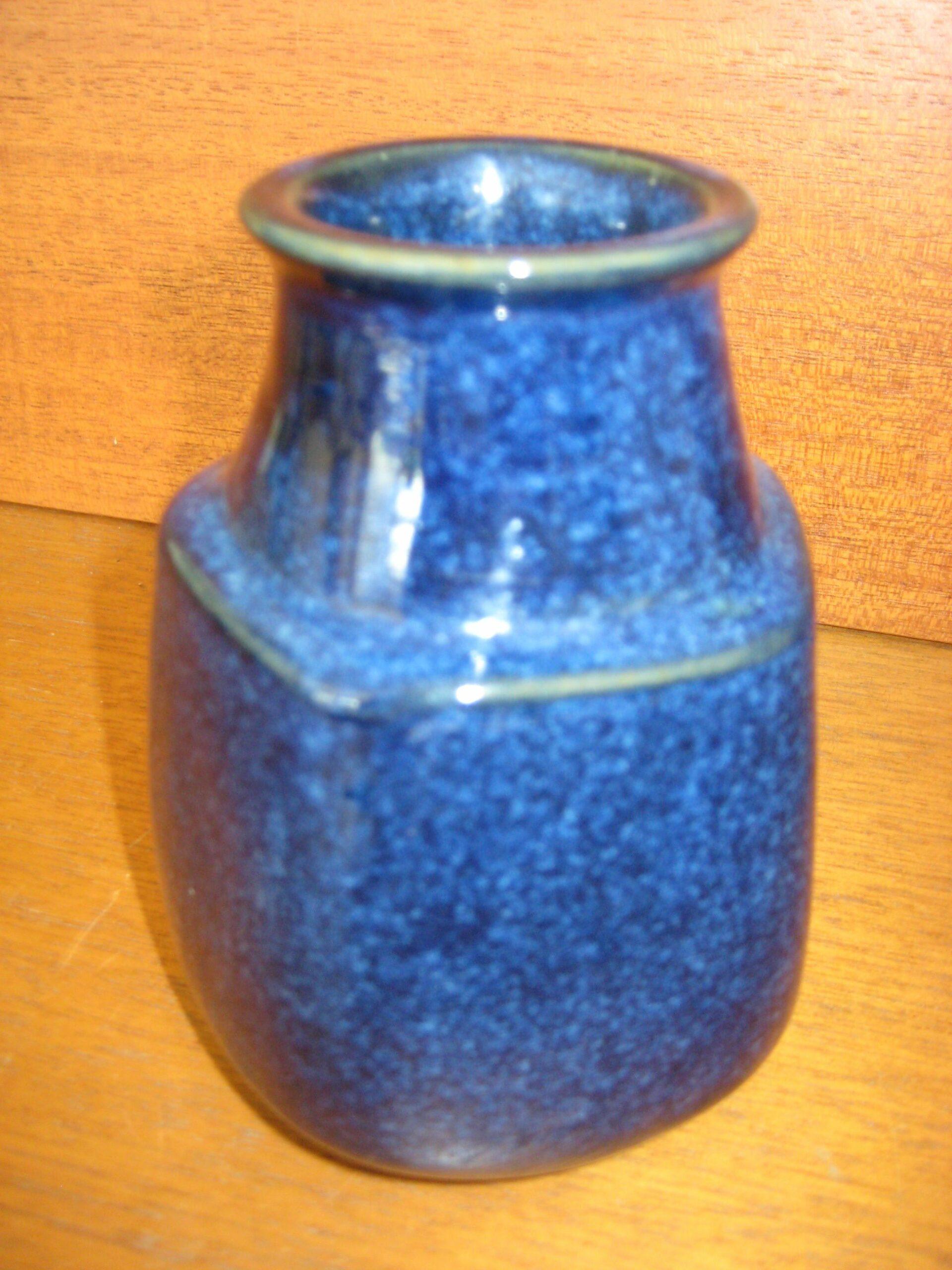 Hjorth blå vase