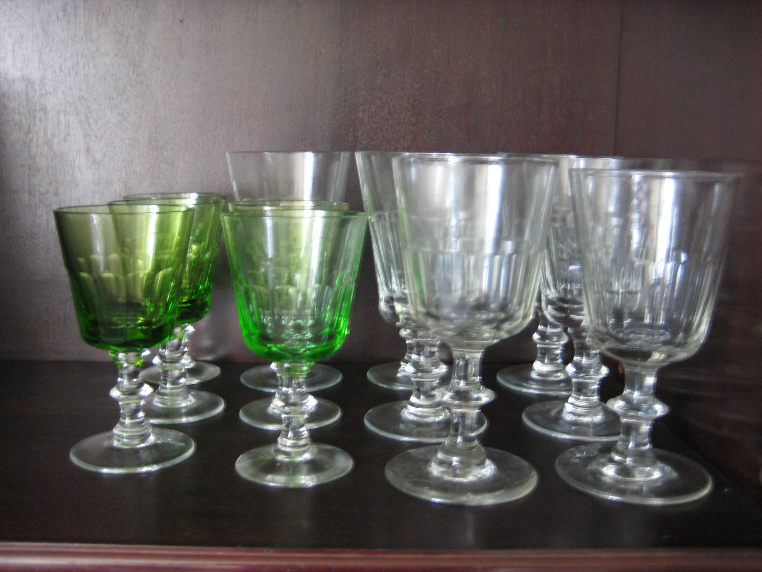 Chr VIII rød- og hvidvinsglas