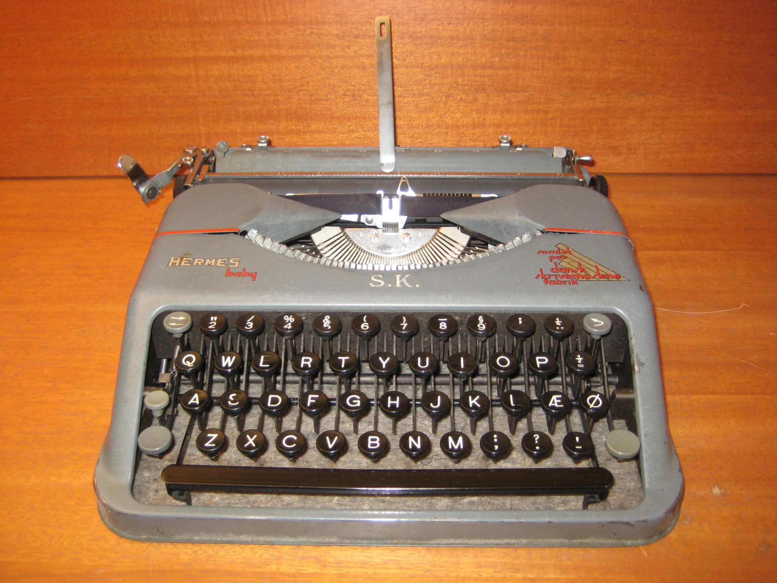Hermes Baby rejseskrivemaskine