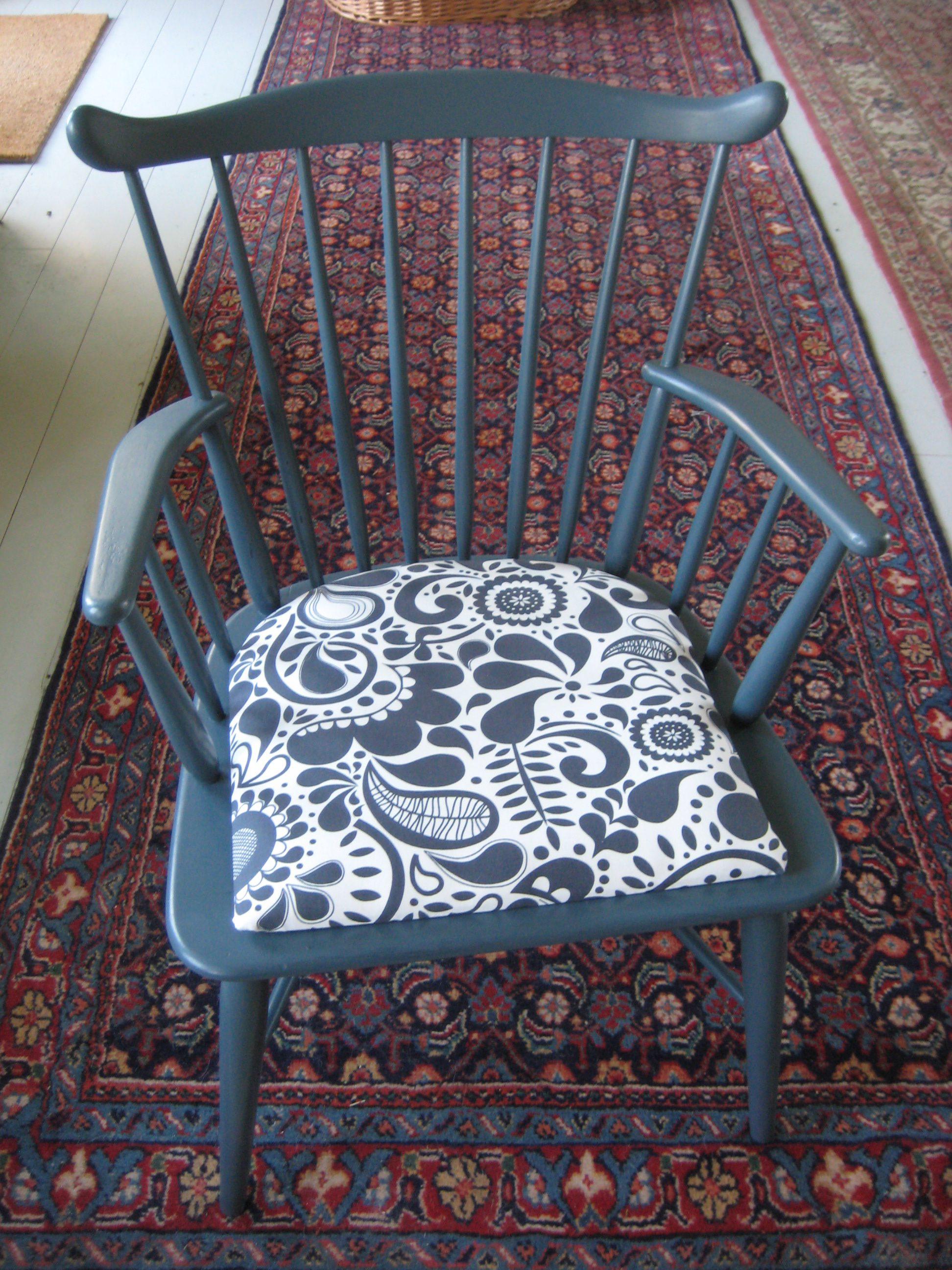 Blågrå malet Farstrup stol