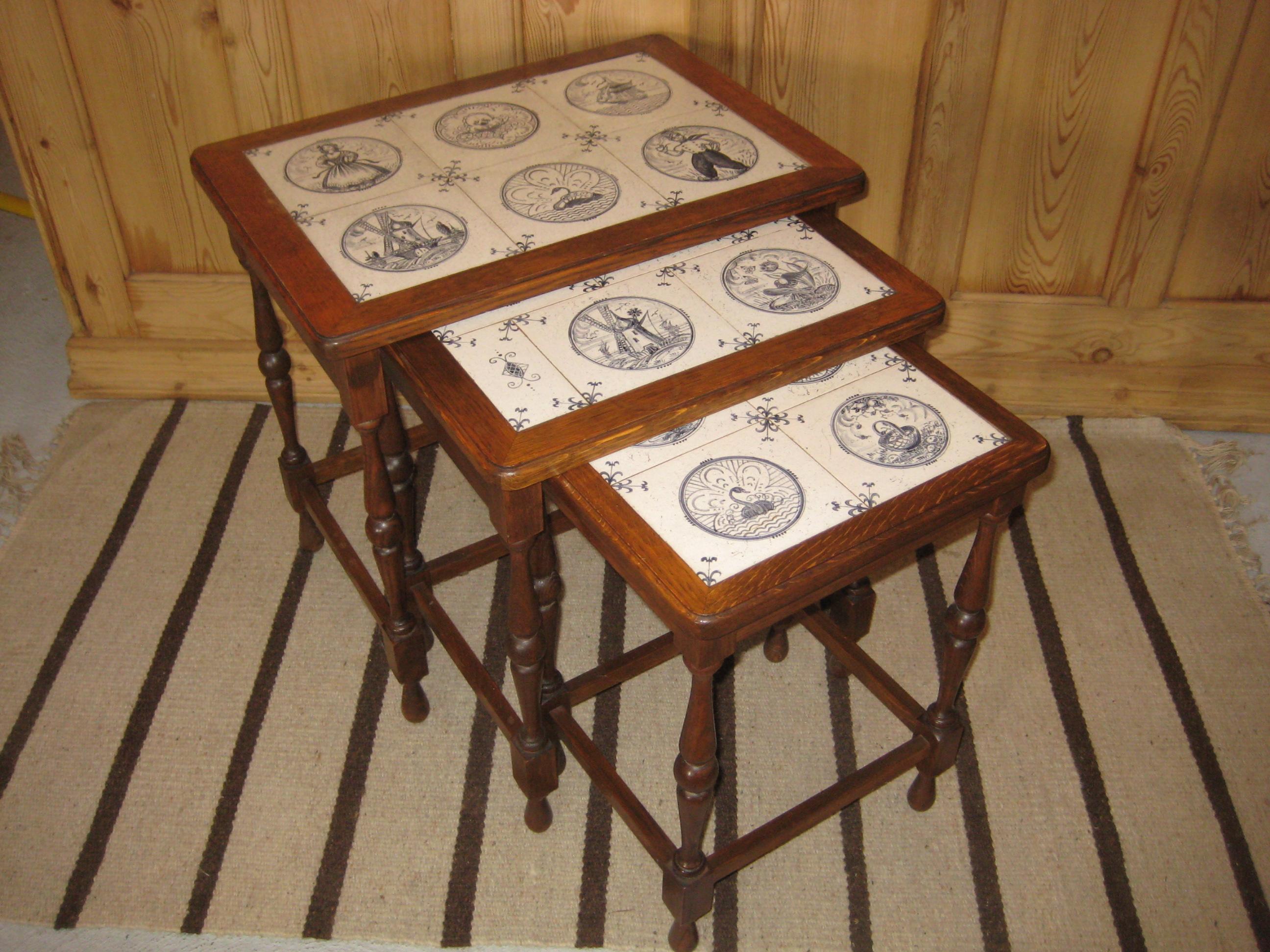 Indskudsborde med fliser