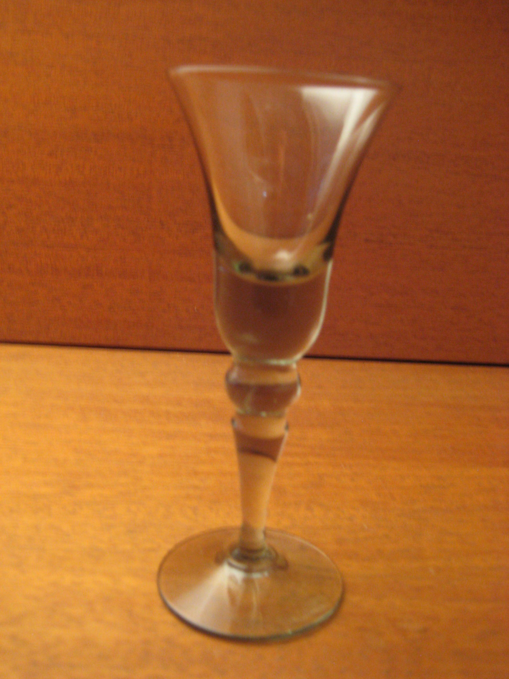 Klokkeglas fra Holmegaard