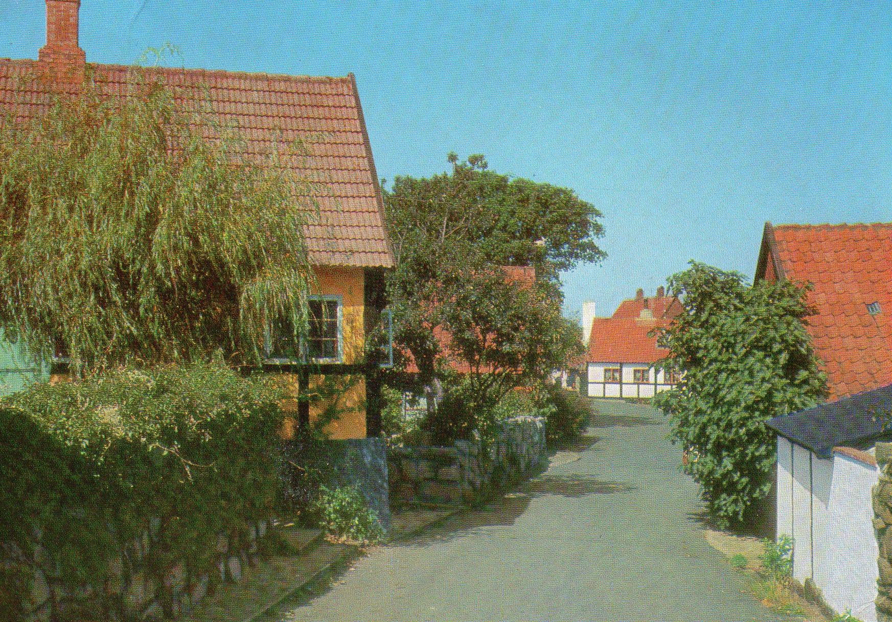 3760 Gudhjem, Nørregade