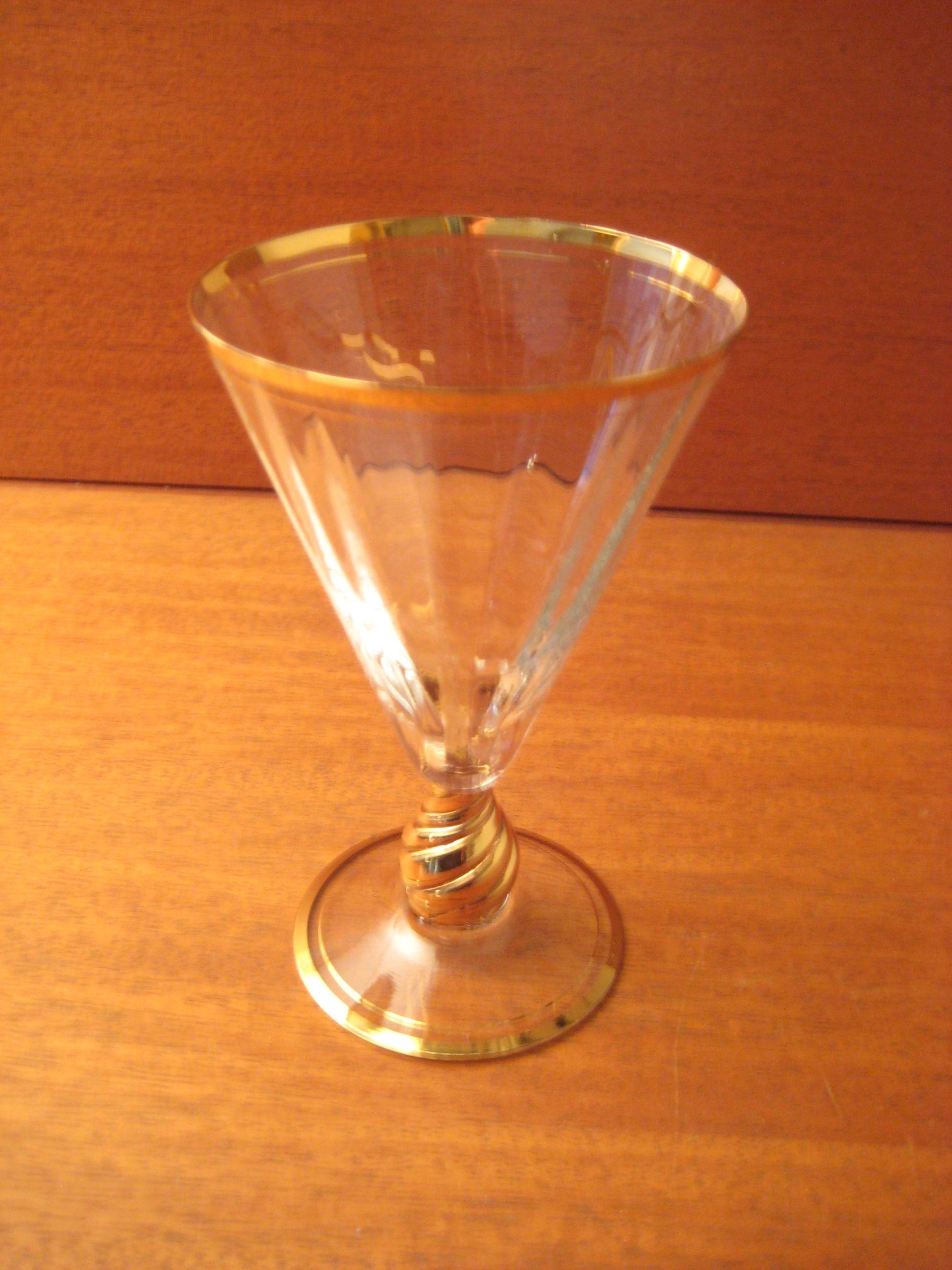 Ida rødvinsglas med guld