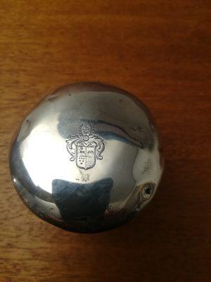 Cremekrukke krystal med sølvlåg