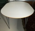 Spisebord i hvid laminat