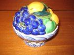 Aluminia bonboniere med frugter